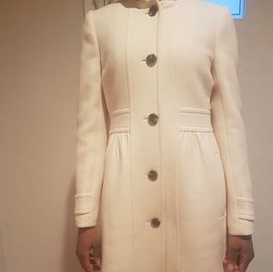 J crew double cloth coat in cream colour size 6
